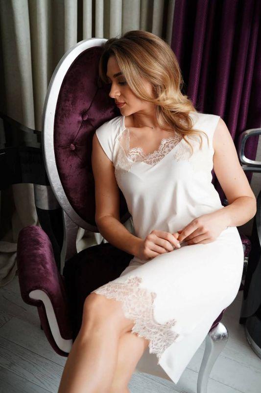 03156 Жіноча нічна сорочка Effetto молочний