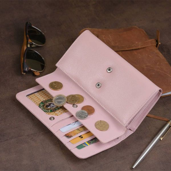 Гаманець шкіряний в два складання жіночий ST Leather 19290 пудровий
