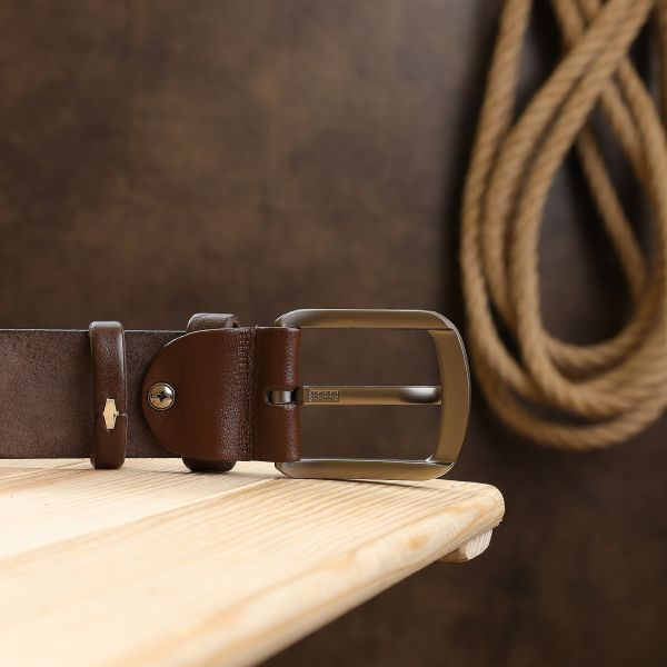 Кожаный мужской гладкий ремень Vintage 20726 коричневый